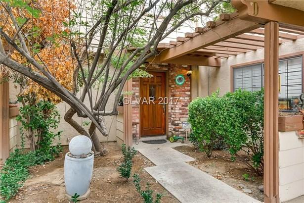 3450 Lorilou Lane 3, Las Vegas, NV - USA (photo 1)