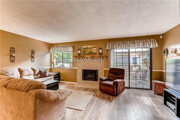 3450 Lorilou Lane 3, Las Vegas, NV - USA (photo 5)
