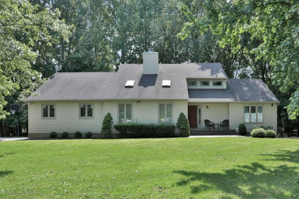 104 Lehigh Drive, Lincroft, NJ - USA (photo 1)