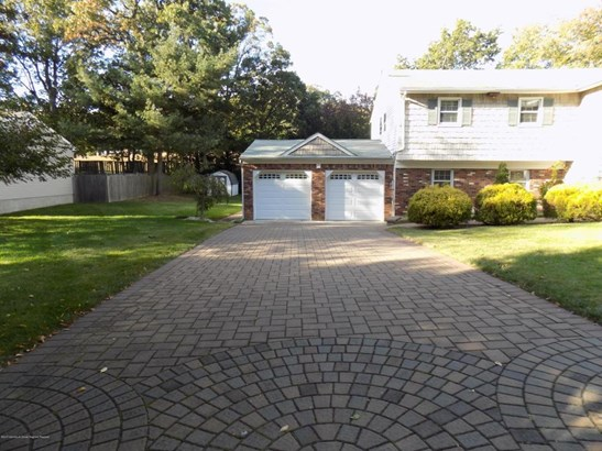 53 Bosko Drive, East Brunswick, NJ - USA (photo 2)