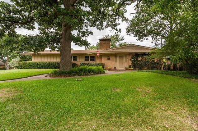 931 S French Avenue, Denison, TX - USA (photo 1)