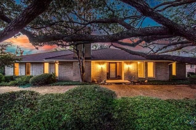 4212 Ridglea Country Club Drive, Benbrook, TX - USA (photo 1)
