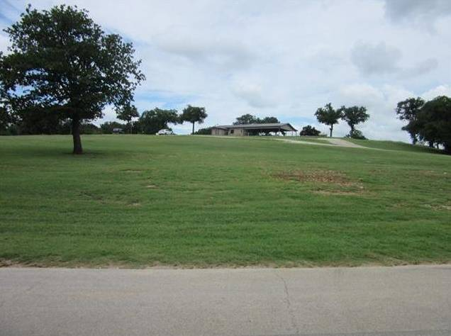 593 Country Club Road, Bowie, TX - USA (photo 3)