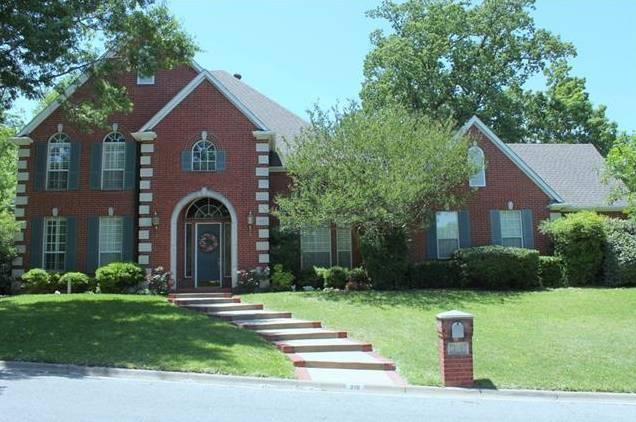210 Laurel Creek Drive, Sherman, TX - USA (photo 1)