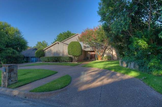 6605 Hillside Drive, Benbrook, TX - USA (photo 1)