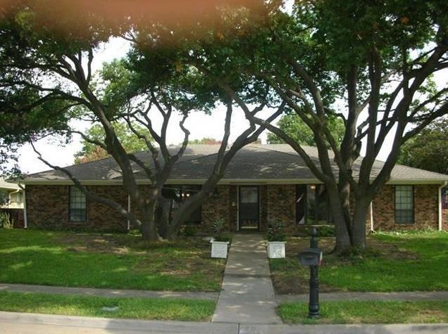 2725 Regal Road, Plano, TX - USA (photo 1)