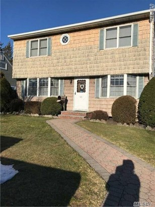 Residential, Exp Cape - Hicksville, NY (photo 2)
