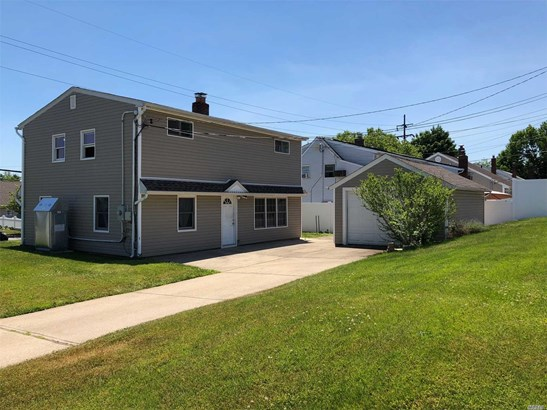 Residential, Colonial - Levittown, NY (photo 1)
