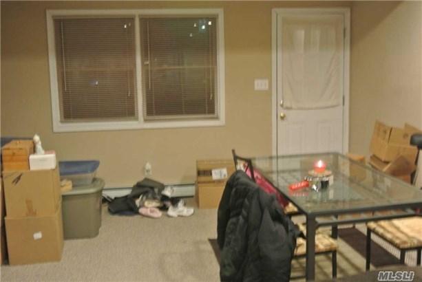 Rental Home, Cape - Hicksville, NY (photo 3)