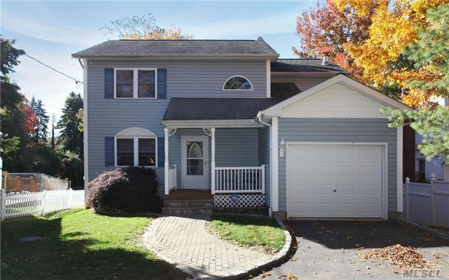 Rental Home, Colonial - Melville, NY (photo 1)