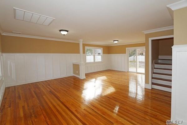 Residential, Cape - Huntington Sta, NY (photo 4)