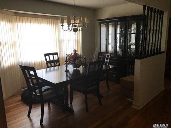 Rental Home, Split - Huntington Sta, NY (photo 5)