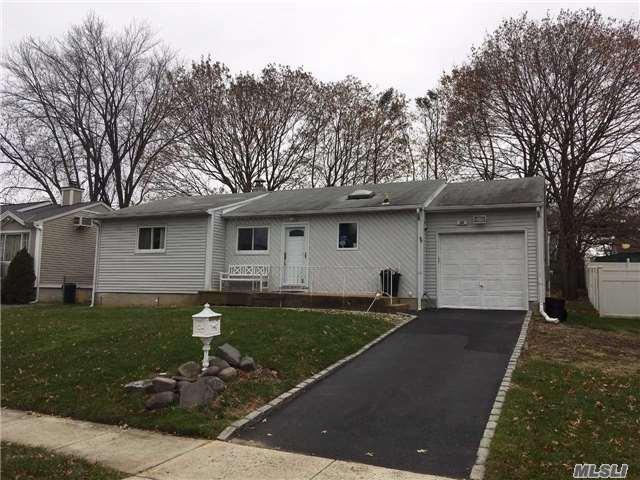 Rental Home, Ranch - Plainview, NY (photo 1)
