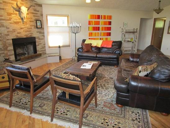 Cabin,Territorial, Single Family - Taos, NM (photo 2)