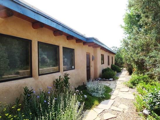 Pueblo, Single Family - Taos, NM (photo 1)