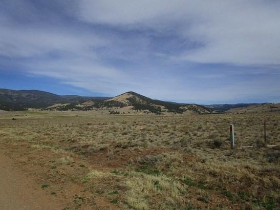 Unimproved - Taos, NM