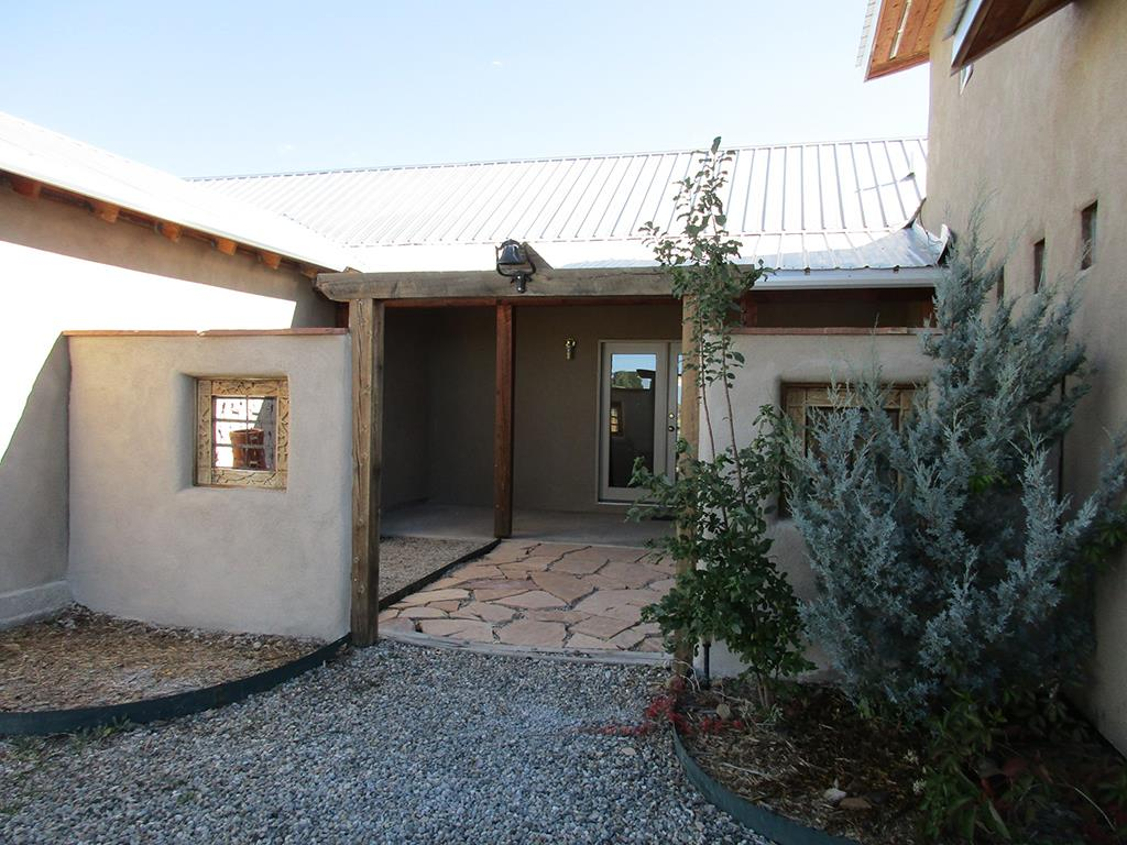 North New Mexico,Territorial, Single Family - Taos, NM (photo 1)