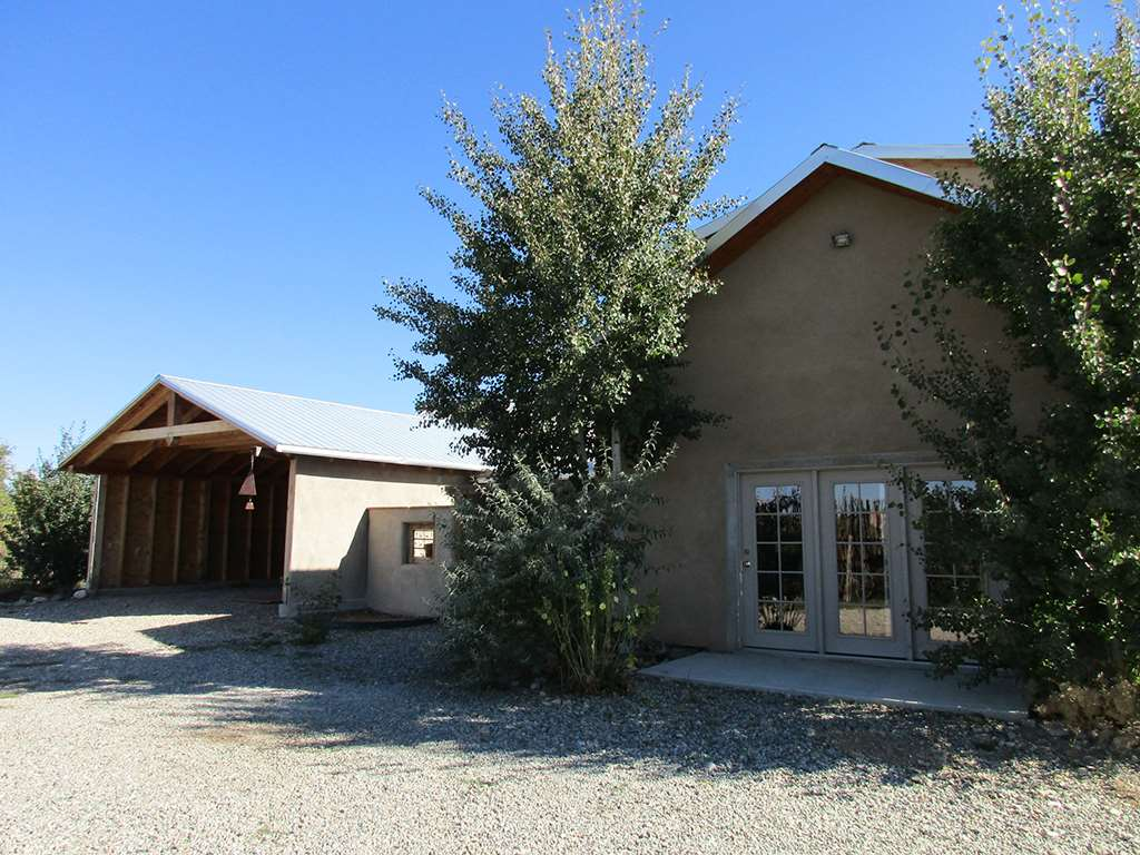 North New Mexico,Territorial, Single Family - Taos, NM (photo 3)