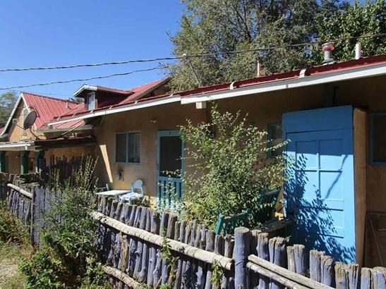 Multi-Level, Apartment Complex - Taos, NM (photo 3)