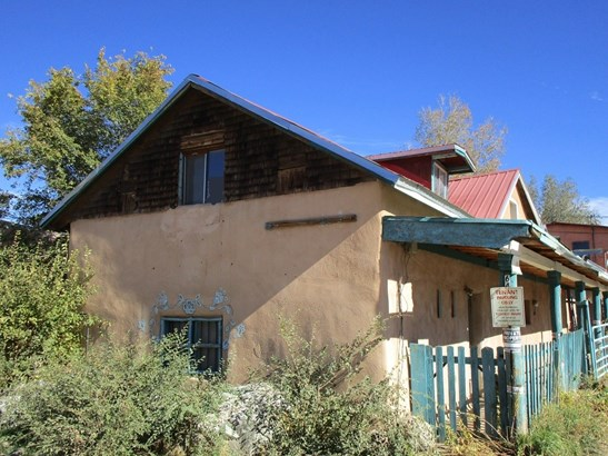 Converted House,Multi-Level,Single Story, Apartment Complex - Taos, NM
