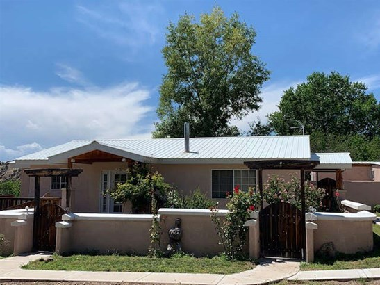 Single Family, Conventional - Chimayo, NM