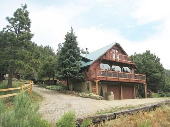 Cabin,Territorial, Single Family - Taos, NM