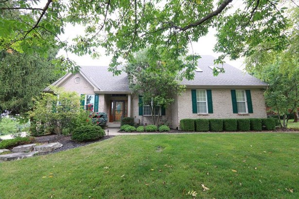 9092 Red Cedar Dr, West Chester, OH - USA (photo 1)