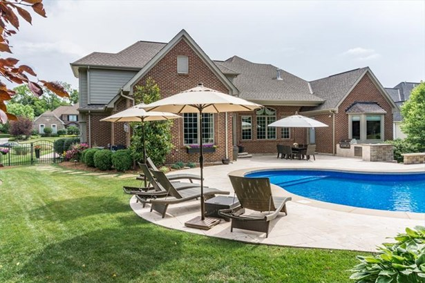 8599 Ivy Trails Dr, Anderson, OH - USA (photo 2)