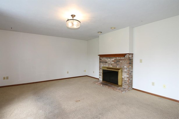 3590 Teakwood Rd , Tipp City, OH - USA (photo 5)