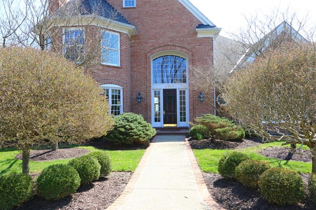 9855 Fox Hollow Ln , Indian Hill, OH - USA (photo 2)