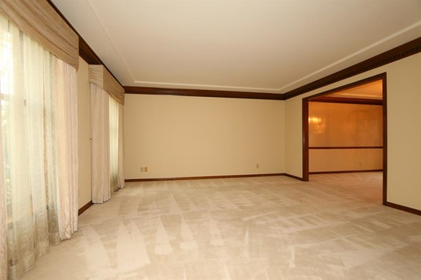 8047 New Brunswick Dr , West Chester, OH - USA (photo 5)