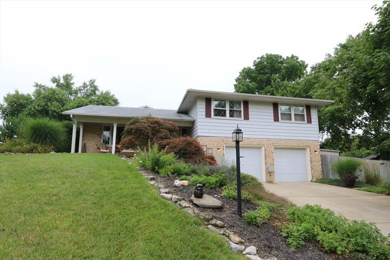 301 Zimmer Dr, Fairborn, OH - USA (photo 1)