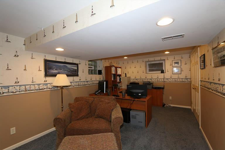 525 Cochise Ct, Wyoming, OH - USA (photo 2)
