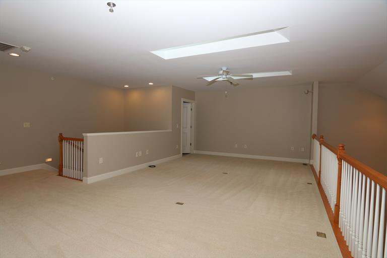 3942 Miami Rd, 305 305, Mariemont, OH - USA (photo 4)