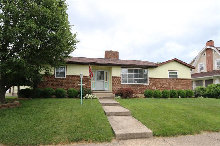 320 S Douglas Ave, Springfield, OH - USA (photo 1)