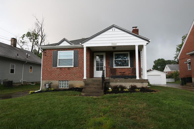 7221 Maryland Ave, Deer Park, OH - USA (photo 1)