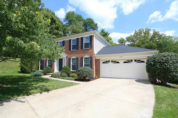 1992 Lakelyn Ct, Crescent Springs, KY - USA (photo 1)