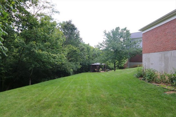 1992 Lakelyn Ct, Crescent Springs, KY - USA (photo 4)