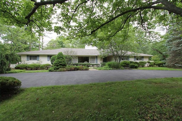 8025 Spooky Hollow Rd, Indian Hill, OH - USA (photo 1)