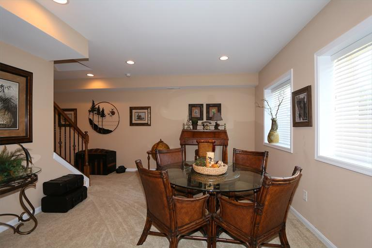7284 Foxchase Dr, West Chester, OH - USA (photo 3)