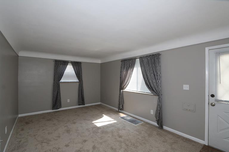 7083 Mulberry St, Brookwood, OH - USA (photo 4)