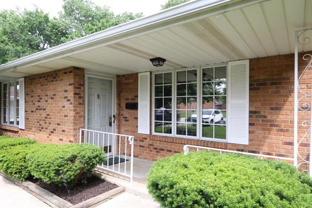 6686 Oakwood Ln , Dayton, OH - USA (photo 2)
