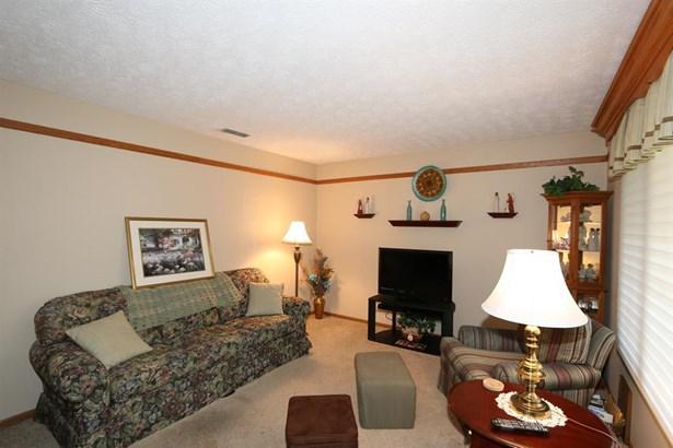 6686 Oakwood Ln , Dayton, OH - USA (photo 4)
