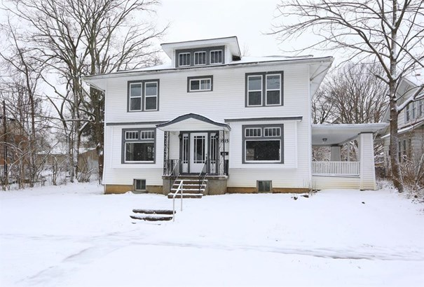 1915 Emerson Ave , North College Hill, OH - USA (photo 1)