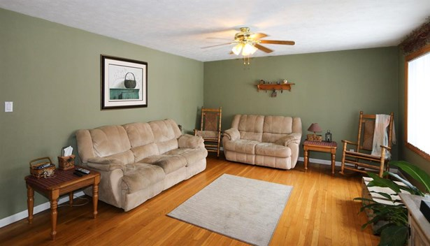 3286 Uplands Dr , Springfield, OH - USA (photo 3)