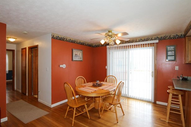 3286 Uplands Dr , Springfield, OH - USA (photo 5)