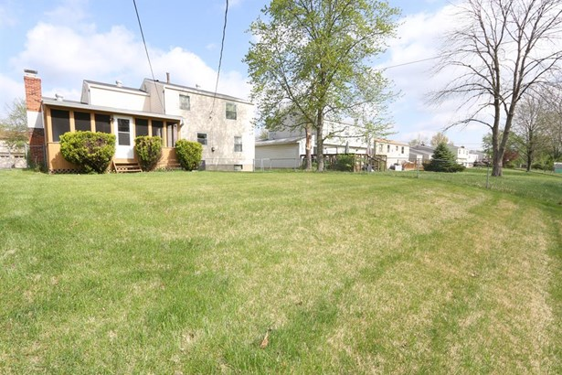 1557 Karahill Dr , Forest Park, OH - USA (photo 4)