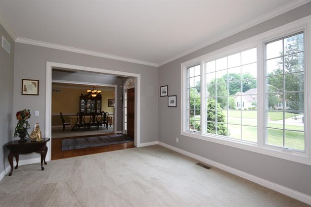 6574 Trailwoods Dr , Epworth Heights, OH - USA (photo 5)
