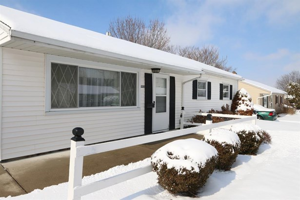 1225 Beech St , Fairborn, OH - USA (photo 2)