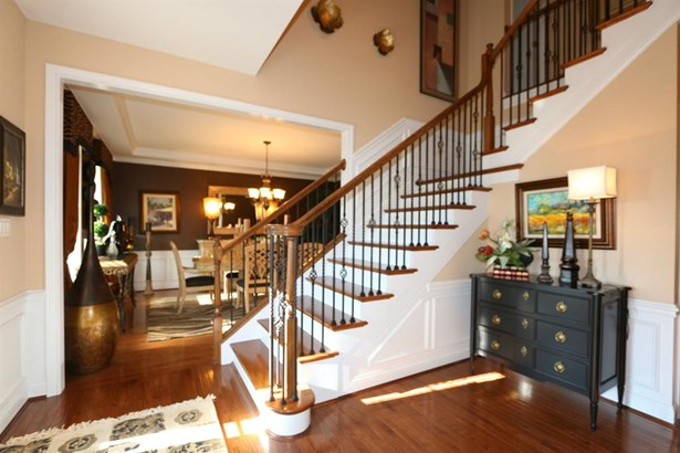 7284 Foxchase Dr , West Chester, OH - USA (photo 4)